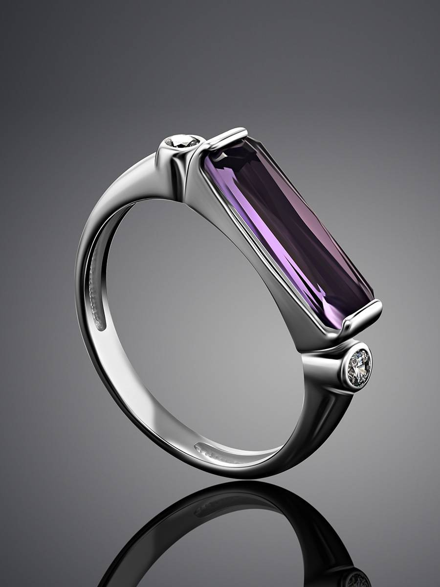 Геометричное серебряное кольцо с кристаллом прямоугольной формы, Размер кольца: 19, фото , изображение 2