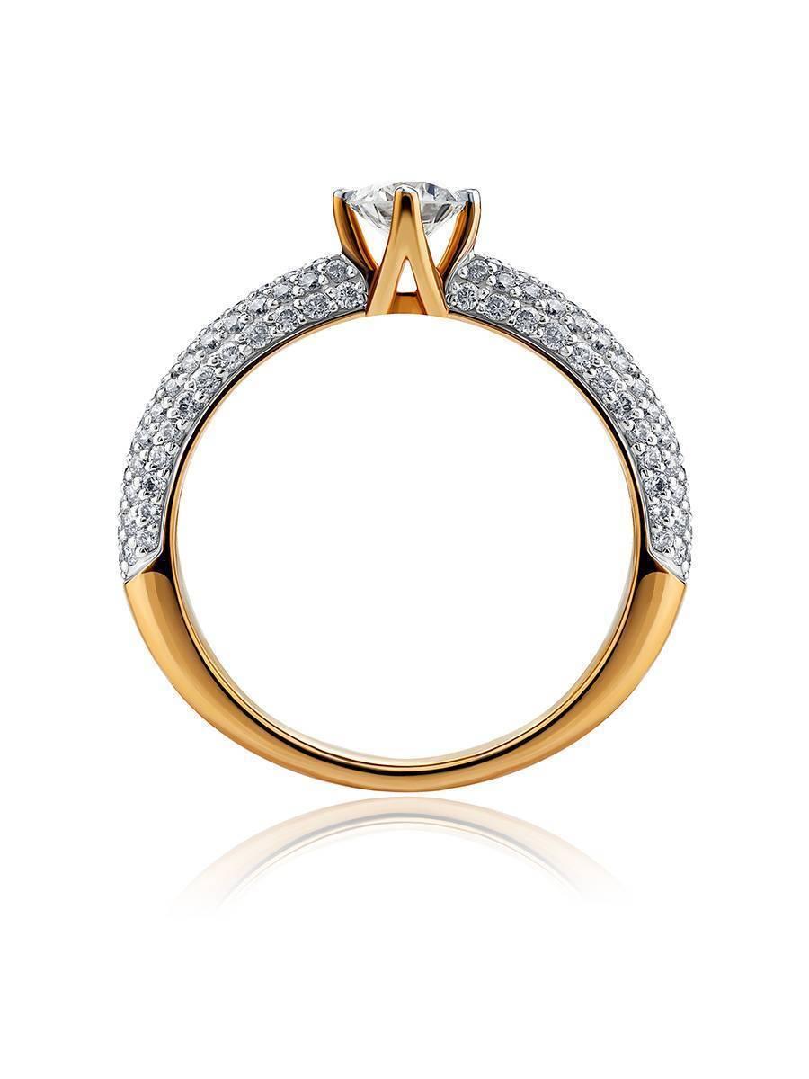 Золотое кольцо с крупным бриллиантом и бриллиантовым паве, Размер кольца: 17, фото , изображение 3