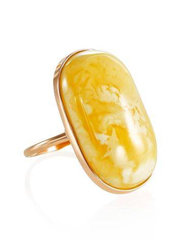 Кольцо классической формы из золота и натурального янтаря 17.5, Размер кольца: 17.5, фото