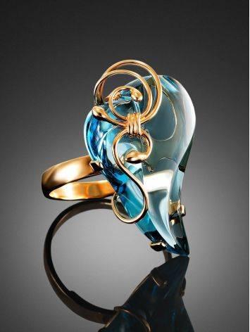 Роскошное золотое кольцо «Серенада» с топазом Скай б/р, Размер кольца: б/р, фото , изображение 2