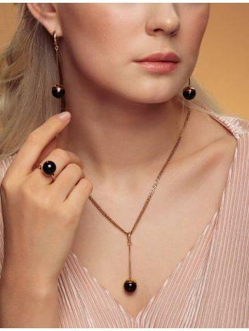 Яркое кольцо «Париж» из позолоченного серебра с круглой янтарной вставкой б/р, Размер кольца: б/р, фото , изображение 3