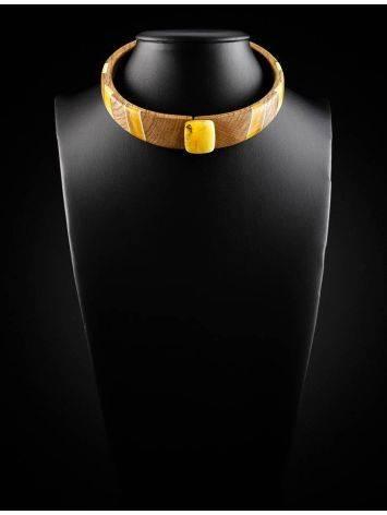 Стильное колье-кольцо из дерева с янтарём и серебром «Индонезия» на магнитном замке, фото , изображение 5