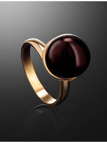 Яркое кольцо «Париж» из позолоченного серебра с круглой янтарной вставкой б/р, Размер кольца: б/р, фото , изображение 2