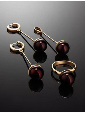 Яркое кольцо «Париж» из позолоченного серебра с круглой янтарной вставкой б/р, Размер кольца: б/р, фото , изображение 6