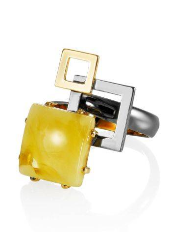 Необычное кольцо из серебра и цельного медового янтаря «Пикассо» б/р, Размер кольца: б/р, фото , изображение 3