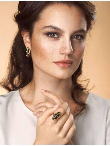 Крупное кольцо из золота 585 пробы со вставкой из натурального янтаря зелёного цвета «Рококо» 18, Размер кольца: 18, фото , изображение 2