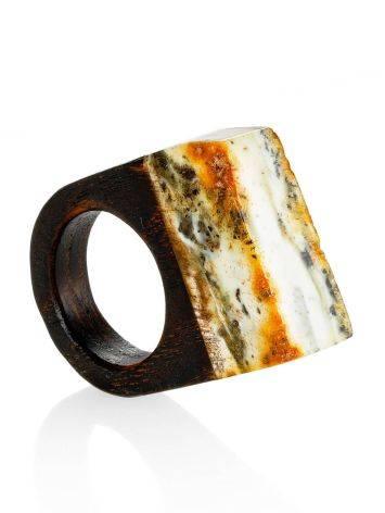 Оригинальное кольцо из дерева с кусочком натурального балтийского янтаря «Индонезия» 15.5, Размер кольца: 15.5, фото