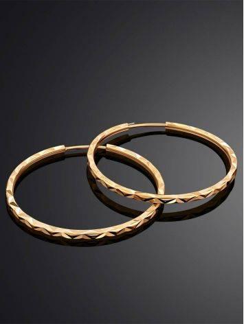 Стильные серьги-кольца из золота с необычной текстурой, фото , изображение 2