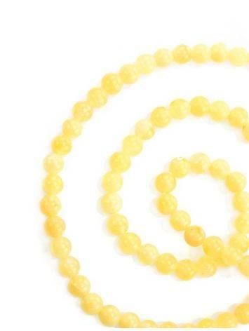 Бусы из мелких молочно-медовых шаров с завеской для создания колье, фото