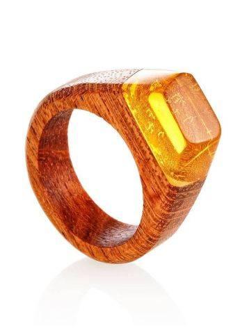 Деревянное кольцо, украшенное лимонным янтарём «Индонезия», Размер кольца: 19, фото