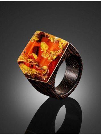 Необычное кольцо в эко-стиле из дерева с натуральным искрящимся янтарём «Индонезия», Размер кольца: 17.5, фото , изображение 2