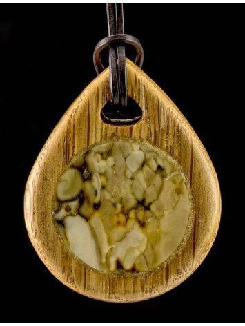Кулон ручной работы «Индонезия» из натурального балтийского янтаря и дуба, фото , изображение 3