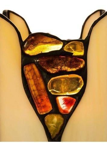 Подсвечник из молочного стекла «Витраж», украшенный цельными кусочками прозрачного янтаря, фото , изображение 3