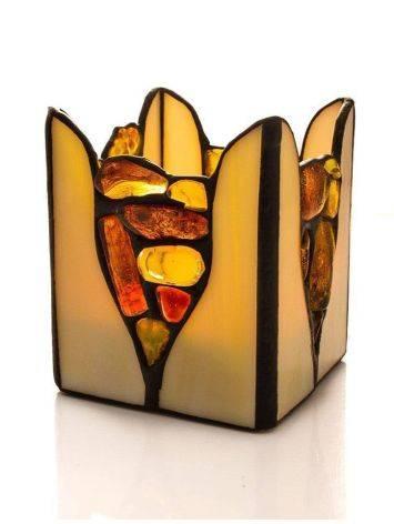 Подсвечник из молочного стекла «Витраж», украшенный цельными кусочками прозрачного янтаря, фото