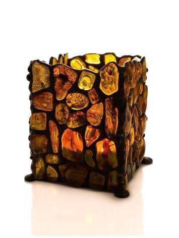 Подсвечник «Витраж», созданный из цельных кусочков прозрачного янтаря, фото