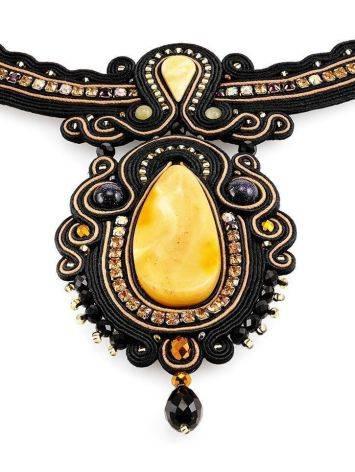Эффектное плетёное колье, украшенное кристаллами и натуральным янтарём «Индия», фото , изображение 4