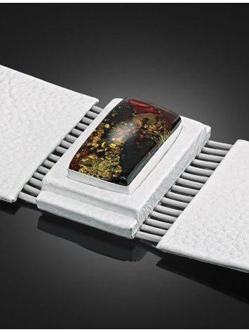 Необычный браслет из белой кожи и искрящегося янтаря «Амазонка», фото , изображение 3