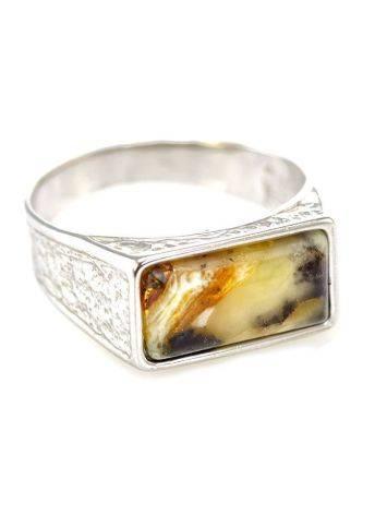 Стильный мужской перстень из серебра и натурального балтийского текстурного янтаря, Размер кольца: 22.5, фото