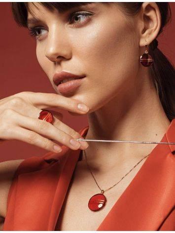 Эффектные золотые серьги «Сангрил» с ярко-красным янтарём, фото , изображение 3