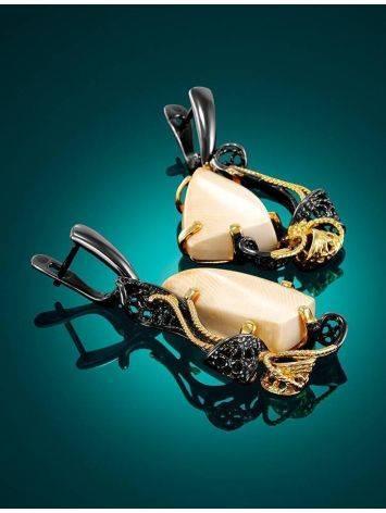Элегантные серьги из чернённого серебра с костью мамонта «Эра», фото , изображение 2