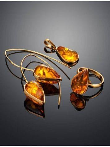 Оригинальные серьги-крючки из позолоченного серебра и золотистого янтаря «Импульс», фото , изображение 6