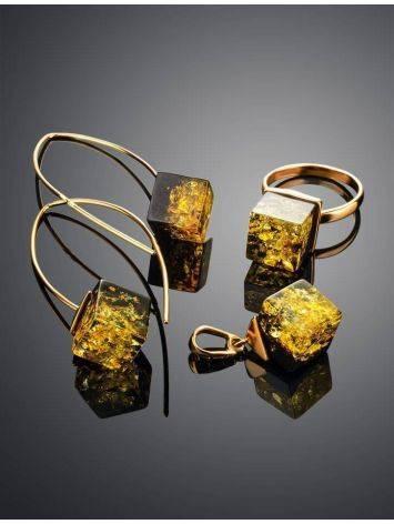Модные серьги-крючки из позолоченного серебра и зелёного янтаря «Рафинад», фото , изображение 5