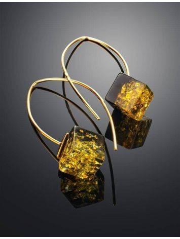 Модные серьги-крючки из позолоченного серебра и зелёного янтаря «Рафинад», фото , изображение 2