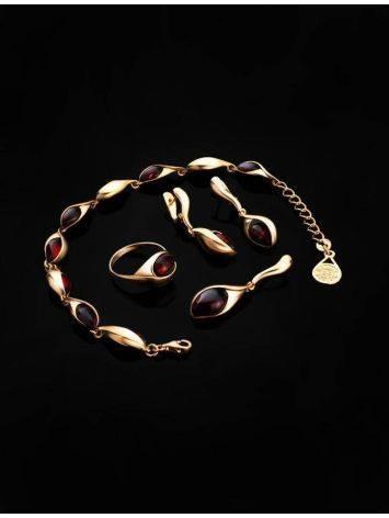 Женственный браслет из золоченного серебра и янтаря вишнёвого цвета «Пион», фото , изображение 5