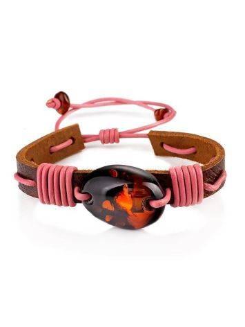 Яркий кожаный браслет с натуральным цельным янтарём «Копакабана», фото