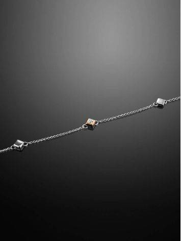 Тонкий серебряный браслет с бриллиантом и золотыми деталями «Дива», фото , изображение 2