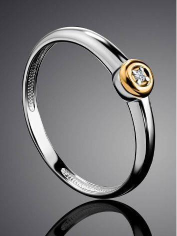 Лаконичное серебряное кольцо с бриллиантом в золоте «Дива», Размер кольца: 18, фото , изображение 2