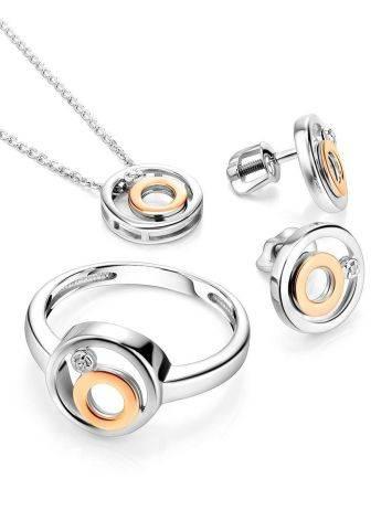 Стильное серебряное кольцо с бриллиантом и золотыми деталями «Дива», фото , изображение 3