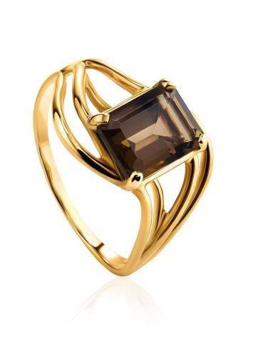 Яркое золотое кольцо с раухтопазом геометричной формы, Размер кольца: 17.5, фото