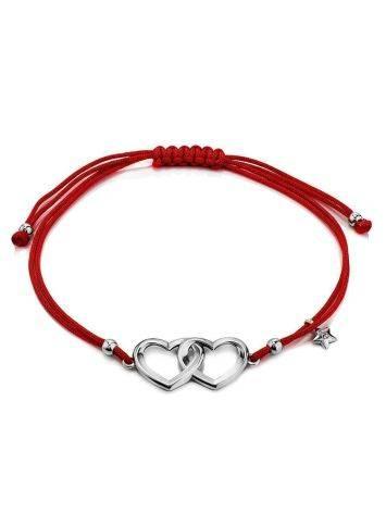 Нежный браслет-красная нить с двумя серебряными сердечками, фото