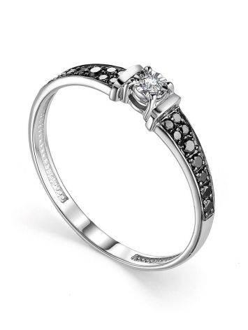Золотое кольцо с черными и белыми бриллиантами, Размер кольца: 17.5, фото