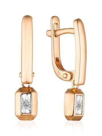 Лаконичные золотые серьги с бриллиантовыми подвесками, фото