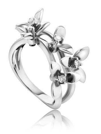 Нежное кольцо из белого золота с бриллиантами, Размер кольца: 17.5, фото