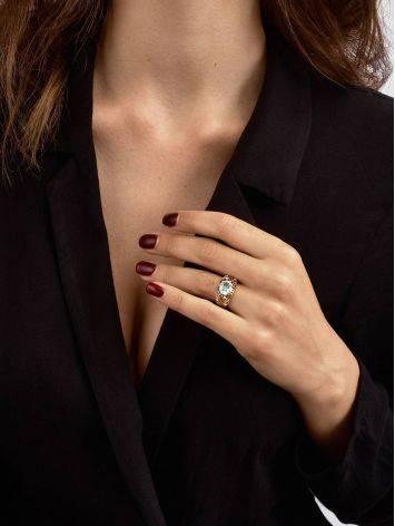 Эффектное золотое кольцо с топазом и фианитами, Размер кольца: 17, фото , изображение 3