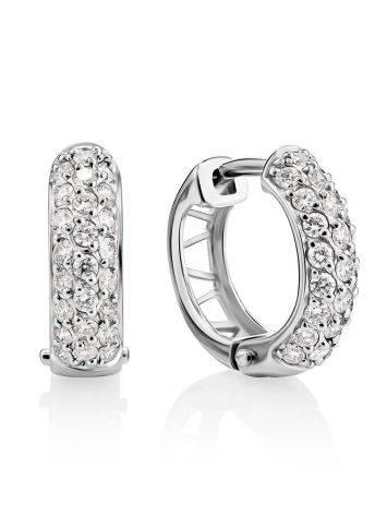 Стильные серьги из белого золота с бриллиантами, фото