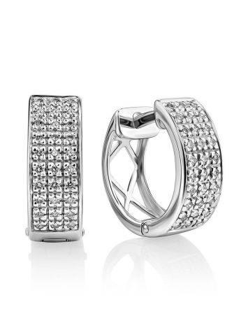Очаровательные серьги из белого золота с бриллиантами, фото