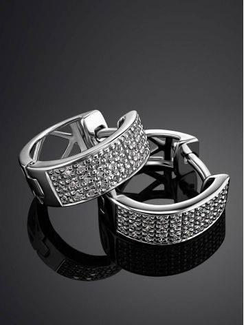 Очаровательные серьги из белого золота с бриллиантами, фото , изображение 2